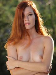 Mia Sollis - ELEYI