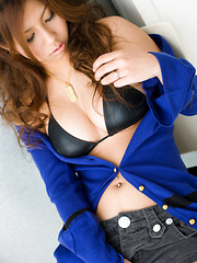 Sahsha Asian doll takes blue sweater off and shows big melons