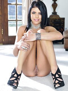 erotic model Adriana Chechik